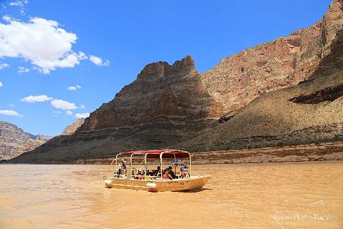 Bước chân người Việt trên đại vực Grand Canyon