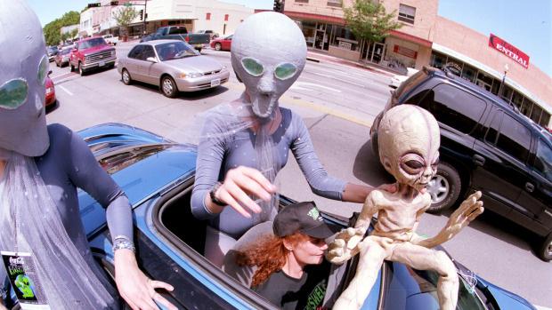 Le-hoi-UFO-New-Mexico