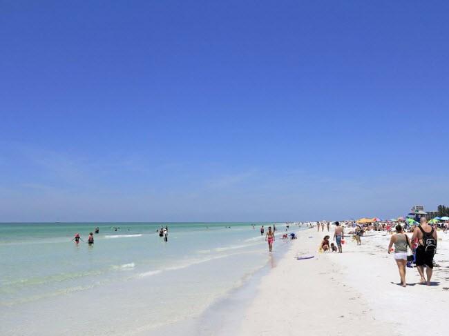 bãi biển main