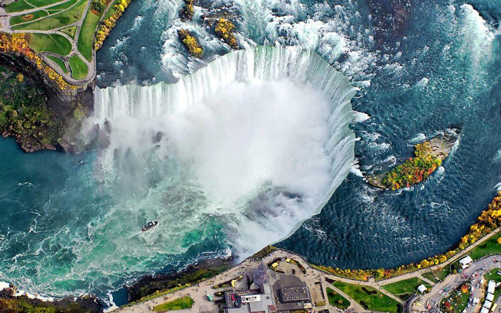 Niagara-Falls-Ve-may-bay-di-My-American-Airlines