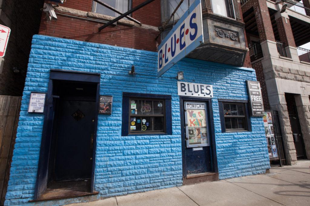 du-ngoan-chicago-lang-nghe-nhung-ban-nhac-blues-day-phong-khoang