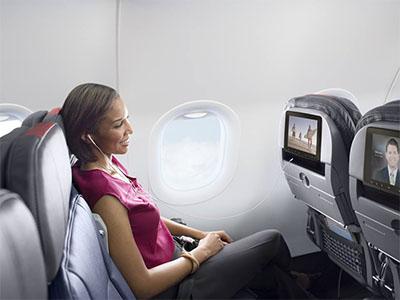 Đổi vé máy bay đi Mỹ hết bao nhiêu tiền?
