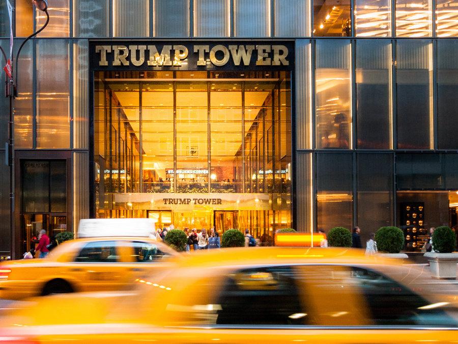 kham-pha-trump-tower-toa-nha-de-nhan-biet-nhat-new-york-3
