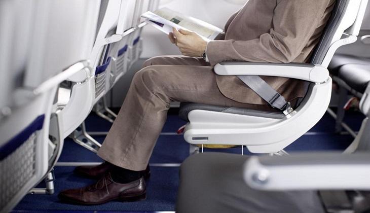 Vì sao khi đi máy bay phải thắt dây an toàn khi có đèn báo?